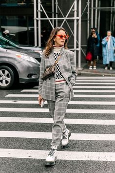 fall street style outfits to inspire. Street Style Outfits, Mode Outfits, Street Style Women, Fashion Outfits, Fashion Fashion, Lifestyle Fashion, Cheap Fashion, Fashion Women, Fashion Shoes