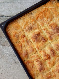 Food for thought: Τυρόπιτα με κρεμώδη γέμιση φέτας Greek Recipes, Vegan Recipes, Banana Bread, Tart, Recipies, Food And Drink, Cooking, Desserts, Food And Drinks