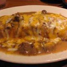 Chili Cheese Burritos: Easy and delish. Spanish Dishes, Mexican Dishes, Mexican Food Recipes, Dinner Recipes, Mexican Meals, Dinner Ideas, Spanish Food, Mexican Desserts, Spanish Tapas
