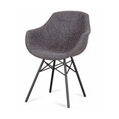De Busc kuipstoel spinpoot in stof heeft een eigentijdse, moderne uitstraling. De stoel is elegant van vormgeving en toch is het zitcomfort uitzonderlijk.