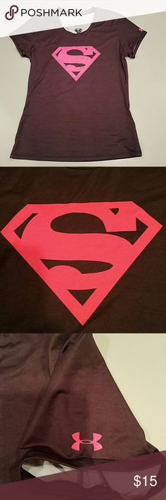 UNDER ARMOUR heat gear tshirt Superman Great condition Under Armour Tops Tees - Short Sleeve