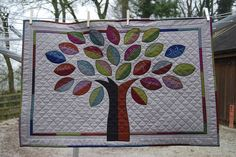 Family Tree quilt for my Mum by Lynne @ Lilys Quilts, via Flickr