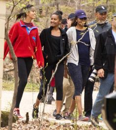 US President Barack Obama , First Lady Michelle Obama , their daughters Malia and Sasha return from a hike at Great Falls National Park in Virginia April Get premium, high resolution news photos at Getty Images Presidents Wives, Black Presidents, American Presidents, Barack Obama Family, Malia Obama, Joe Biden, Durham, Obama Family Pictures, Family Photos
