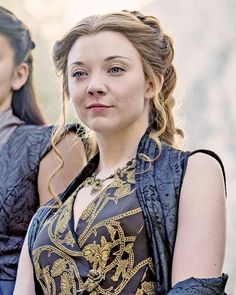 "64 Likes, 1 Comments - GAME ○ OF ○ THRONES (@game.of.thrones.24) on Instagram: "" #margaerytyrell #nataliedormer #queen #love #gameofthrones """