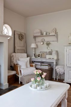 Sweet Cottage| Little White Heaven.blogspot.com