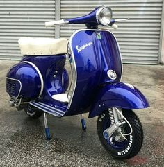 Low res pic of Vespa and matching skirt.