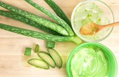 Aloe vera has long been used as an herbal medicine. But, have you ever used aloe vera for diabetes? Read on this article to know the 7 reasons to use aloe vera Aloe Vera Gel, Masque Aloe Vera, Aloe Vera For Hair, Aloe Hair, Acne Remedies, Hair Remedies, Natural Remedies, Huile Tea Tree, Tea Tree Oil