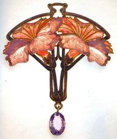 Lalique 1901-02 Brooch Pen-dant w/Pink Carnations: gold/ enamel/ pink sapphire/ cast glass