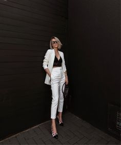Boss Lady Outfit Idea For You:- Wanderlust Fashion . Classy Outfits, Chic Outfits, Trendy Outfits, Fall Outfits, Fashion Outfits, Womens Fashion, Blazer Off White, Formal Chic, Look Office
