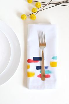 DIY brush stroke napkins | Make and Tell