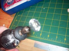 A great instructional for uses for my Dremel! I need to know what I can do with … A great instructional for uses for my Dremel! Pin: 306 x 255 Dremel Drill, Dremel Carving, Dremel Rotary Tool, Dremel 3000, Dremel Tool Projects, Dremel Ideas, Diy Projects, Wood Crafts, Diy Crafts