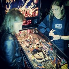 Playing the account pinball machine, there's something wrong with it and we're getting unlimited credits!! @Solid Rock Cafe, Glasgow