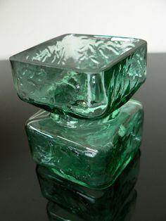 helena tynell art | ... Helena Tynell Green Glass Pala Vase finland scandinavian art glass