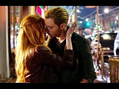 Jace and clary 2nd kiss on today shadowhunters