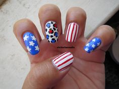 Independence Day nails [more at pinterest.com/eventsbygab]