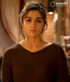 Your source for the beautiful actress Alia Bhatt. Indian Bollywood Actress, Beautiful Bollywood Actress, Bollywood Actors, Bollywood Celebrities, Beautiful Actresses, Indian Actresses, Bollywood Style, Bollywood Fashion, Alia Bhatt 2 States