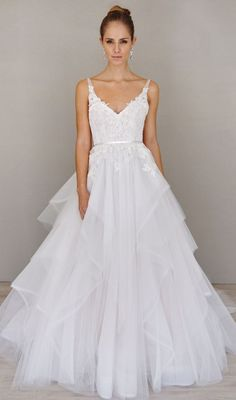 v-neck lace tulle wedding dress via Alvina Valenta - Deer Pearl Flowers / http://www.deerpearlflowers.com/wedding-dress-inspiration/v-neck-lace-tulle-wedding-dress-via-alvina-valenta/
