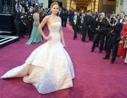 Jennifer Lawrence's Awkwardly Charming Oscars Press Interview [VIDEO]
