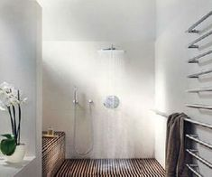Douche italienne, conseils installation et diaporama salle de bain italienne
