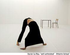 SELF UNFINISHED / Xavier Le Roy, 1998