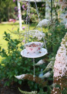 img 8267 431x600 DIY Teacup Bird Feeder
