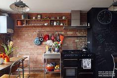 Dining : Industriële keukens van Cassidy Hughes Interior Design & Styling