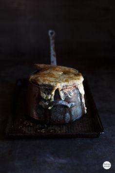 French Onion Soup Food Styling: Nadine Greeff-Dark-Food-Photography via Trendland