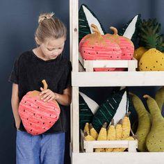 Ferm Living Kudde Stickad Fruticana Pineapple Grön   Gul c1ee31f7c53fd