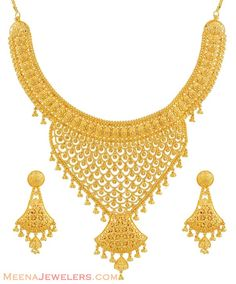 Beautiful Gold Necklace Sets - See more stunning jewelry at StellarPieces.com!