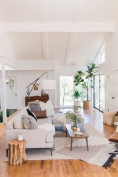 Find out why modern living room design is the way to go! A living room design to make any living room decor ideas be the brightest of them all. Cozy Living Rooms, Living Room Interior, Home Living Room, Home Interior Design, Living Room Designs, Tree Interior, Interior Ideas, Living Area, Living Room White