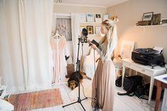 Jonna Jinton Jonna Jinton, Countryside Style, The Artist's Way, Swedish Decor, V Dress, Looks Cool, Fashion Wear, My Dream Home, Bohemian Style