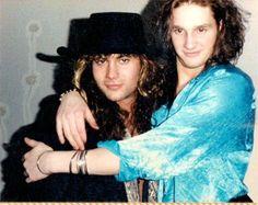 MIKE & LAYNE ~ Google Image Result for http://grungereport.net/wp-content/uploads/2011/03/mikestarrlaynehugging.jpg
