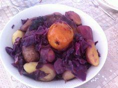 Potée viervétoise - choux rouge poires pommes et saucisses