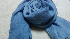 インド藍を使い、薄手のリネンを染め上げました。それほど濃い藍色ではありません。やや薄めです。ネップの入った程良い張りのある、リネンを使用しています。 少しまだ...|ハンドメイド、手作り、手仕事品の通販・販売・購入ならCreema。