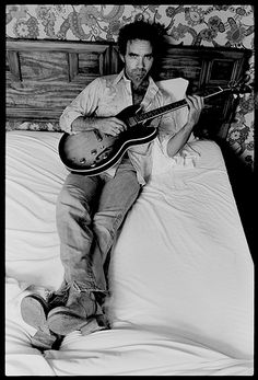 """JJ Cale, fine guitarist and songwriter (""""After Midnight,"""" """"Cocaine""""), Eric Clapton collaborator and the pride of Valley Center, California."""