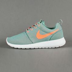 Sneaker Nike - WMNS Roshe Run