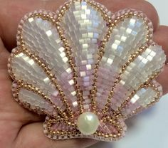 Produktgalerie - [board_name] - Schmuck Bead Embroidery Jewelry, Beaded Embroidery, Beaded Jewelry, Diy Schmuck, Schmuck Design, Brooches Handmade, Handmade Jewelry, Bead Crafts, Jewelry Crafts