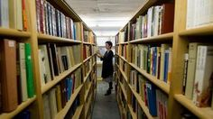 Les principales bibliothèques de Suisse ont toujours plus d'utilisateurs | rts.ch Lausanne, Home Decor, Libraries, Switzerland, Decoration Home, Room Decor, Interior Decorating