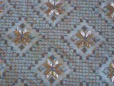 Hardanger Embroidery, Beaded Embroidery, Cross Stitch Embroidery, Embroidery Designs, Stitch Design, Beading Patterns, Needlepoint, Applique, Projects To Try