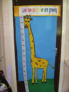This resource features a lovely safari themed height chart with a very, very tall giraffe! Great for teaching about height and measurements. Early Years Displays, Class Displays, School Displays, Classroom Displays, Classroom Decor, Zoo Activities, Nursery Activities, School Reception, Reception Classroom Ideas