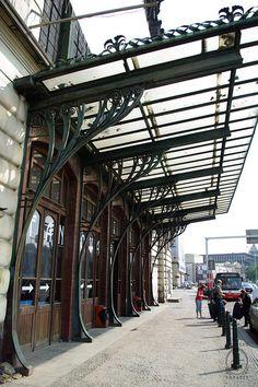 Art Nouveau main train station, Prague More Art Nouveau Architecture, Architecture Details, Canopy Architecture, Prague, Level Design, Pergola, Classic House Design, Steel Art, Marquise