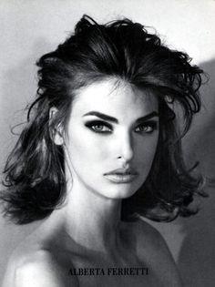 Alberta Feretti, A/W 1990Photographer: Steven Meisel Model: Linda Evangelista