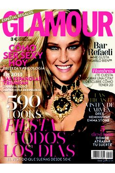 La revista Glamour Spain despide el año con la top Bar Refaeli en portada