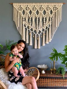 Are you ready for a new look? Update your home decor with this beautiful large macrame wall hanging from Macrame Elegance. decor diy videos Bohemian Macrame Wall Hangings for your home decor. Macrame Wall Hanging Patterns, Large Macrame Wall Hanging, Macrame Patterns, Tapestry Wall Hanging, Macrame Wall Hangings, Curtain Hanging, Modern Macrame, Macrame Art, Macrame Design