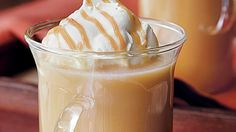 Enjoy this delicious caramel apple cider that's ready in just 15 minutes – a wonderful drink!