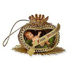Alt-Wiener Christbaumschmuck, Mohnkapsel mit Jesuskind, handgefertigt in Wien – jetzt bei Servus am Marktplatz kaufen.