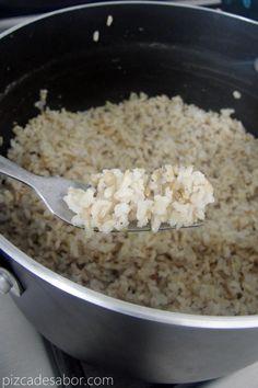 Cómo cocinar arroz integral | http://www.pizcadesabor.com/2013/04/05/como-cocinar-arroz-integral/