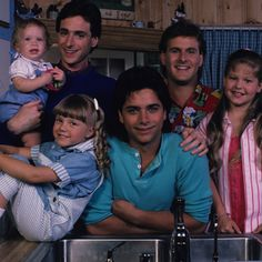 Full House Cast, Full House Tv Show, Hull House, Stephanie Tanner, House Quiz, The Carrie Diaries, John Stamos, Candace Cameron Bure, Childhood Friends