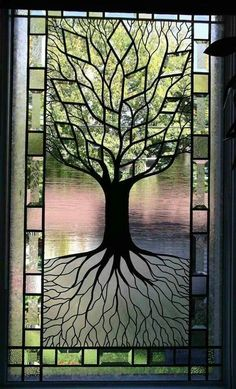 Tree of life stained glass window.This is beautiful. Tree of life, one of my faves. Wish I did stained glass. Stained Glass Designs, Stained Glass Panels, Stained Glass Projects, Stained Glass Patterns, Leaded Glass, Stained Glass Art, Mosaic Glass, Fused Glass, Glass Door