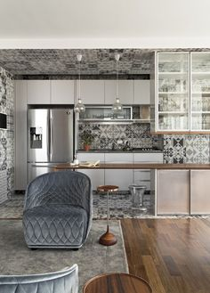 discover the location of the scene: A PLACE DIFFERENT BETWEEN WOOD AND TILE ...